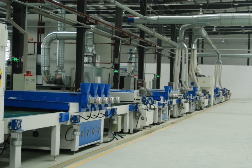 探访大自然木门泰州工厂--中国最大木门生产线