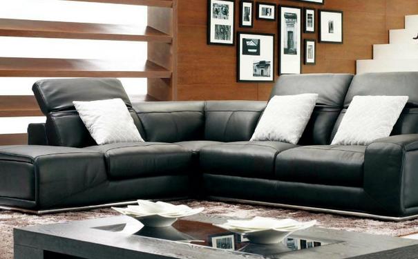 左右家私有限公司成立至今,始终引领着家居沙发行业的发展趋势,逐步跻身成为家居沙发市场的知名品牌。左右沙发总部坚持开拓进取,追求卓越的品牌精神,精准掌控布艺沙发市场动向,努力打造中国客厅文化的第一品牌。作为一家集创研开发、生产和销售为一体,专业制造沙发的大型品牌企业,左右沙发引进意大利、德国、日本等国先进的生产设备,逐步建立和完善了科学规范的沙发产品生产流程,为更多的消费者提供满意、优质的沙发产品。 布艺沙发品牌加盟排行榜之三:浪度沙发