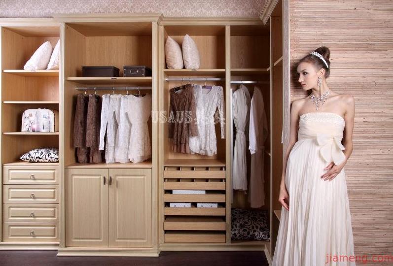 卧室整体衣柜效果图_全球加盟网