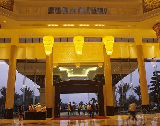 塘厦三正半山酒店