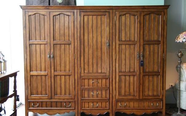 中式实木风格组合衣柜