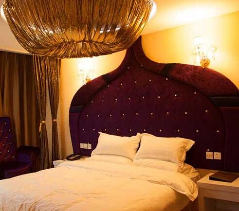 维洛纳主题酒店