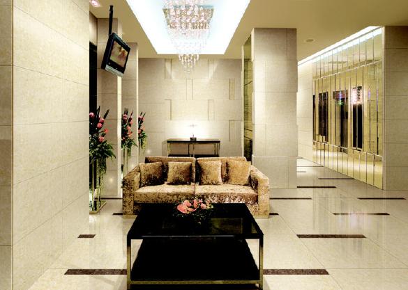 客厅铺木地板好还是瓷砖好图片