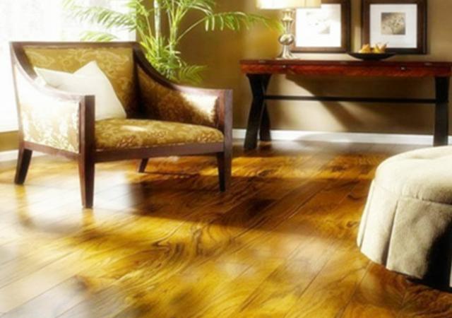 实木地板属天然材料,具有合成材料无可替代的优点