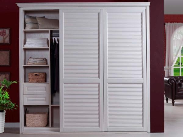 衣柜用什么颜色好