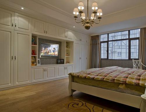 根据地板与家具的搭配