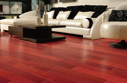 多层实木复合地板越宽
