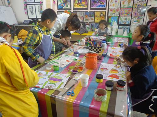郑州东区少儿美术兴趣班图片