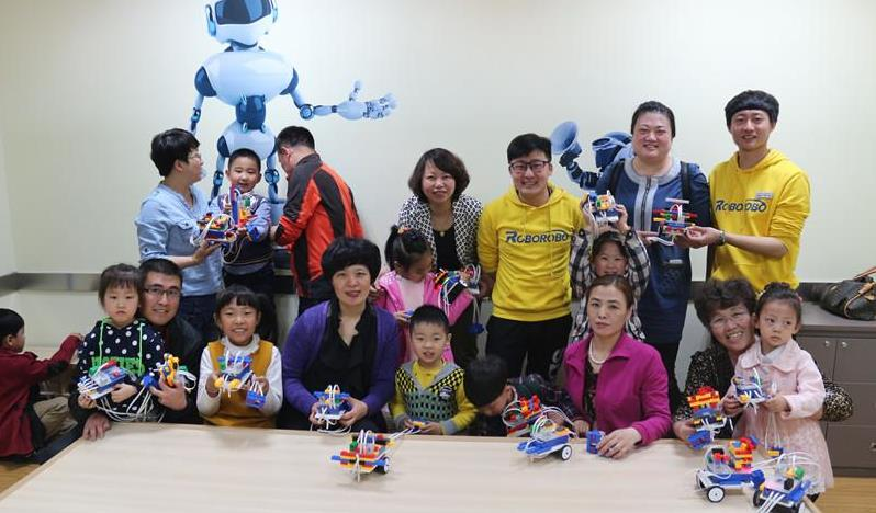 好小子机器人培训加盟_好小子机器人培训加盟