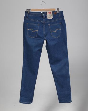 livesstart牛仔裤