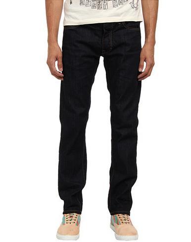 Classickaine牛仔裤
