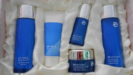 百年阿依莲化妆品加盟