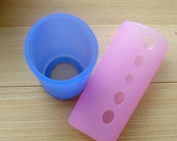 淘气兔奶瓶保护套