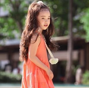 阳光娃娃秀品牌童装