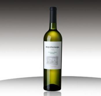 小酒桶干白葡萄酒