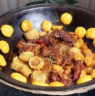 东北铁锅炖菜