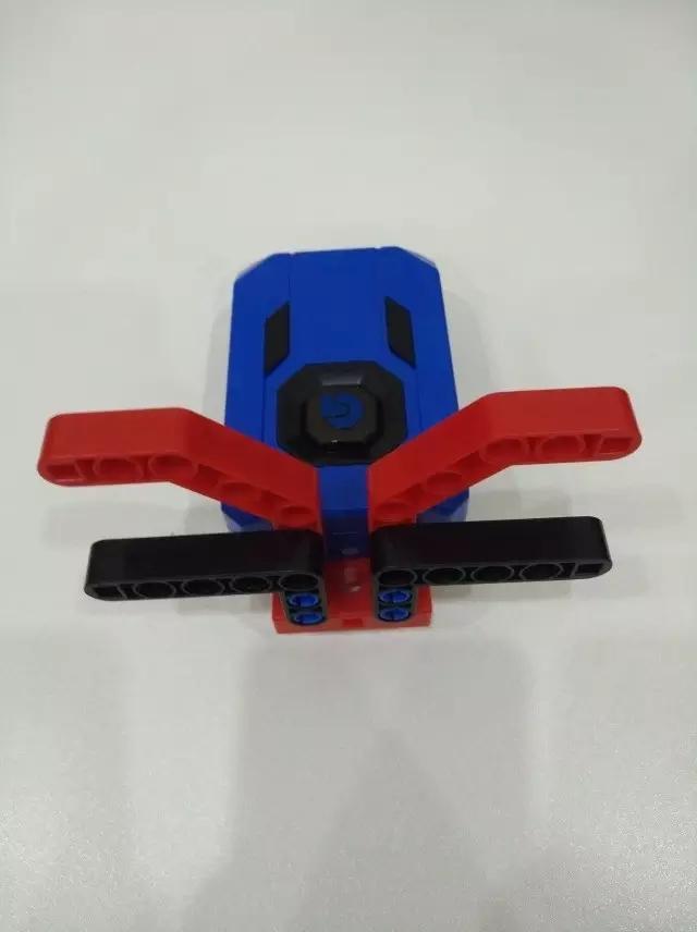 格物斯坦机器人学员教你制作山羊机器人