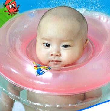 婴儿学习游泳