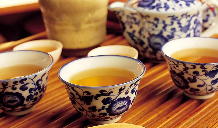 自由人茶馆加盟