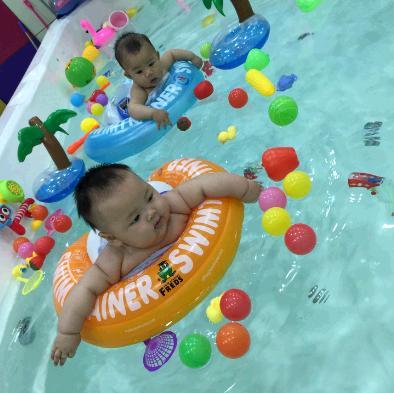 小船长婴儿游泳馆