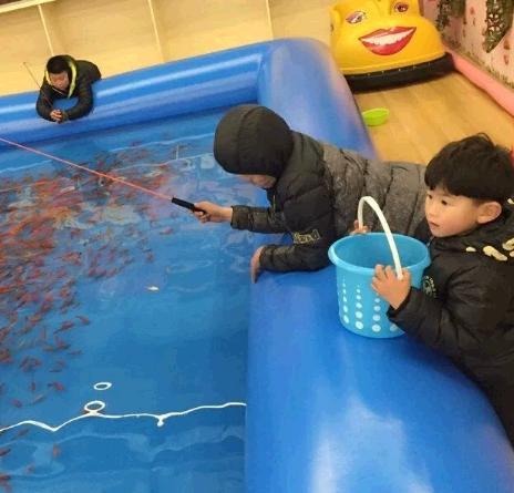快乐小孩儿童乐园