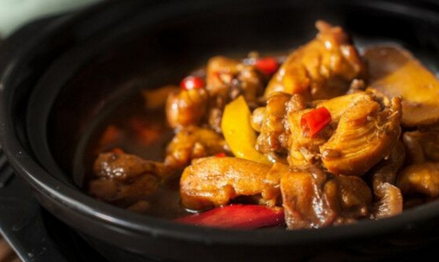 碗留香黄焖鸡米饭加盟