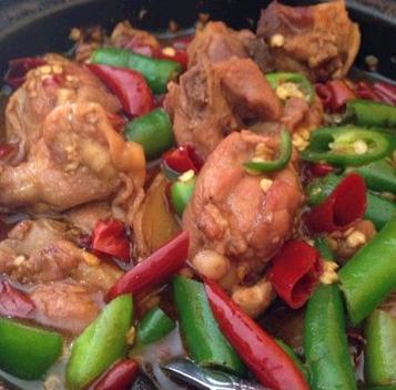 聚味美黃燜雞米飯
