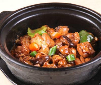 王嘉卫黄焖鸡米饭