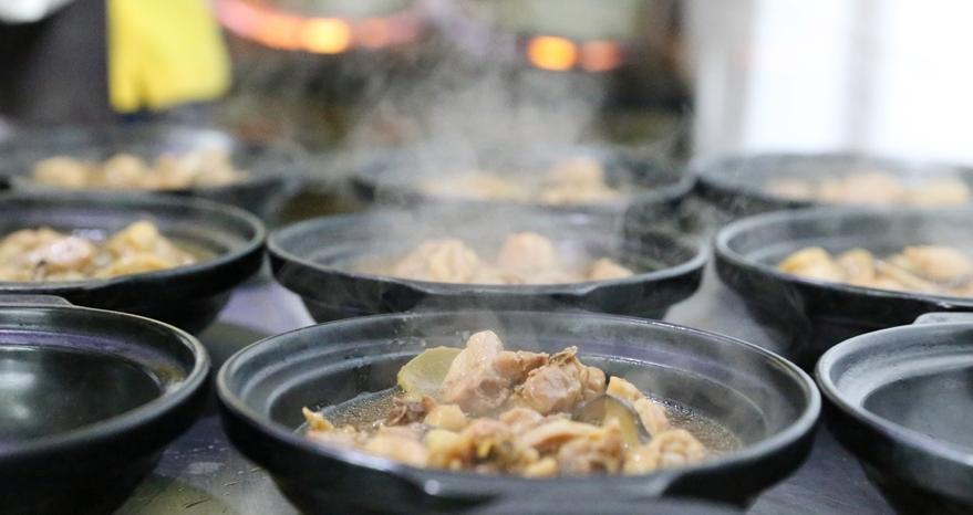 香口福黄焖鸡米饭加盟