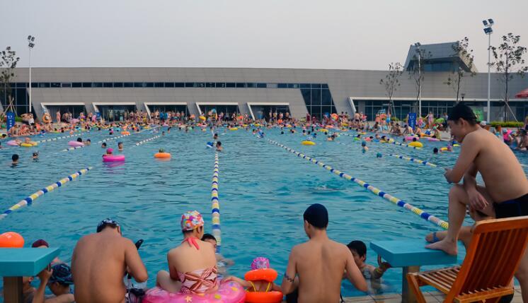 好孩子游泳馆加盟
