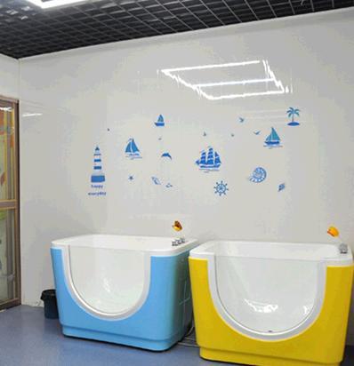 水魔方嬰兒遊泳館