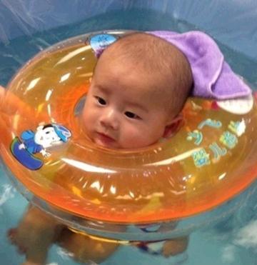 金儿乐婴儿游泳馆