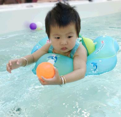 嘟嘟宝贝婴儿游泳馆