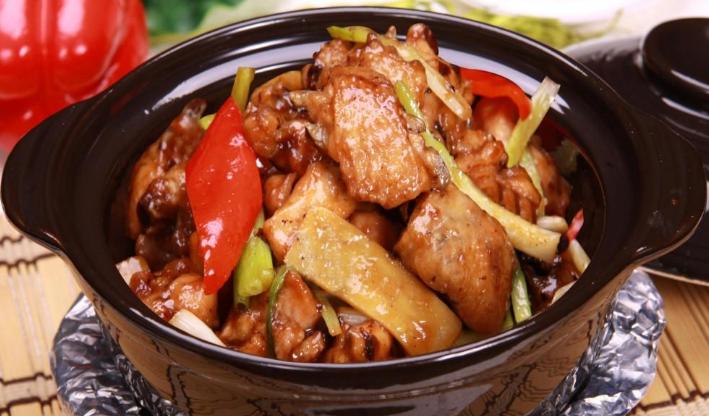 鲁正黄焖鸡米饭加盟