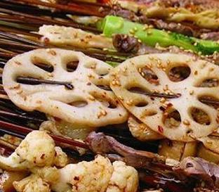 六婆砂鍋串串香