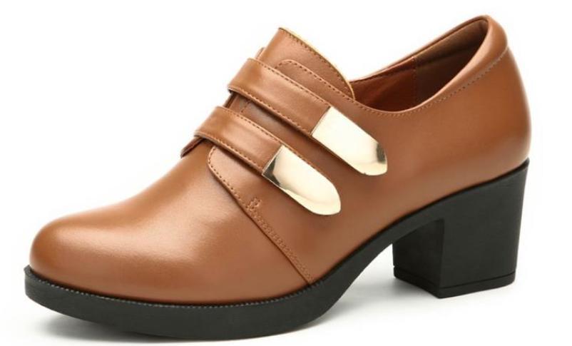 甜丰麦浪时尚休闲女鞋加盟