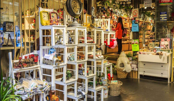 加盟什么饰品店好 加盟小饰品店多少钱?