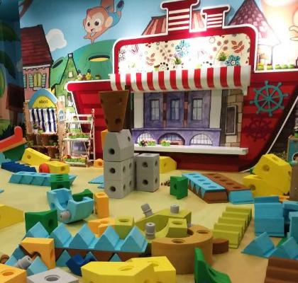 海贝儿儿童乐园海绵世界