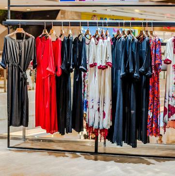 燕山服装服饰厂家品牌直销有限公司