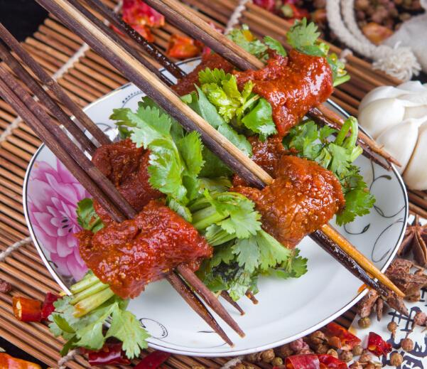 奥龙串串香菜牛肉