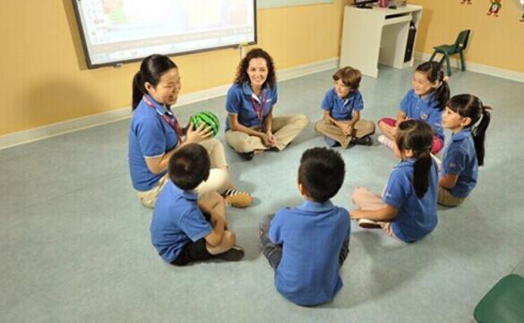 哈佛美国全息少儿英语课堂加盟优势
