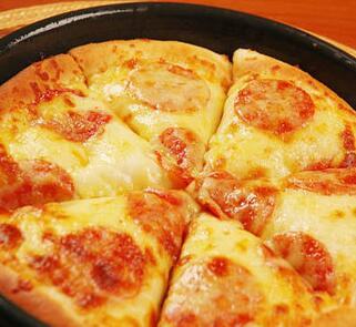 特嘉德比萨菜品