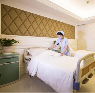 瑞亚月子中心护士