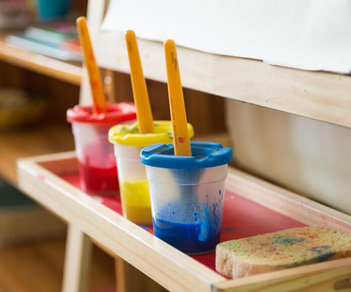 自然树幼儿园颜料