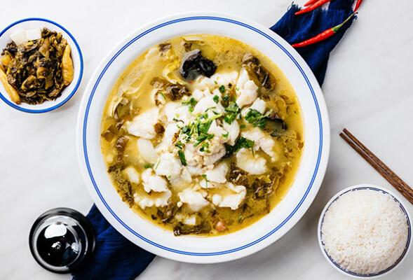 酸菜鱼米饭快餐