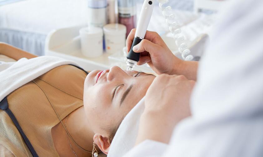 伊摩尔国际美学美容诊治