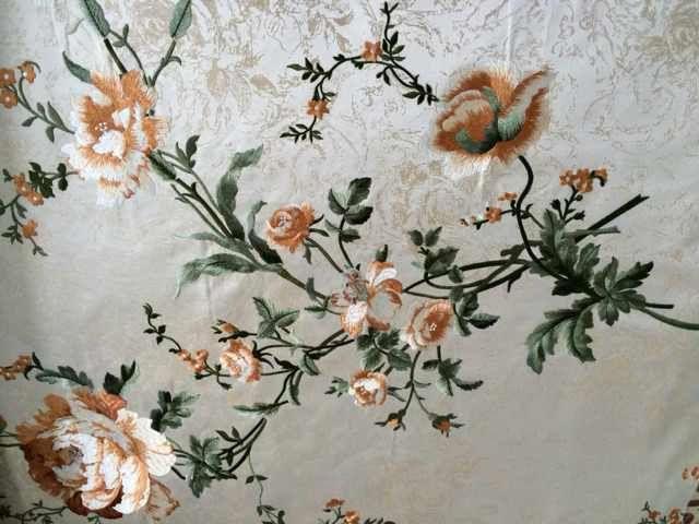 皇马刺绣墙纸