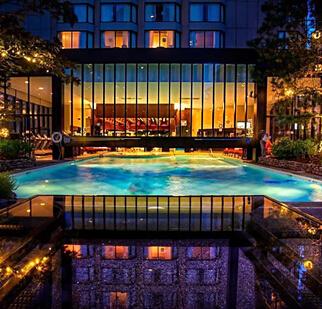 思宸酒店游泳池