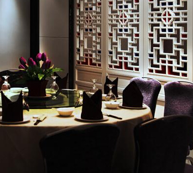 西湖春天餐桌