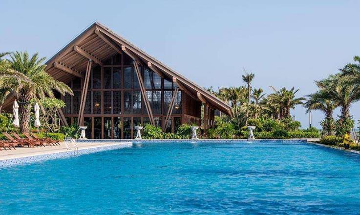 度假村大泳池